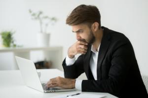 投資顧問ライジングブルの口コミ検証 低評価サイト